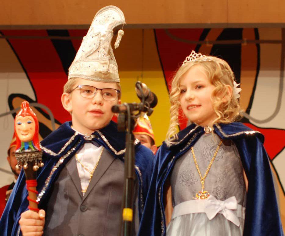 You are currently viewing Unser Kinderprinzenpaar 2019: Seine Tollität Prinz Adrian I. und Ihre Lieblichkeit Prinzessin Elisa I.